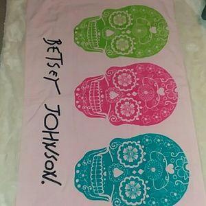 NWT Betsey Johnson Pink Skull XL Cotton Beach Towe